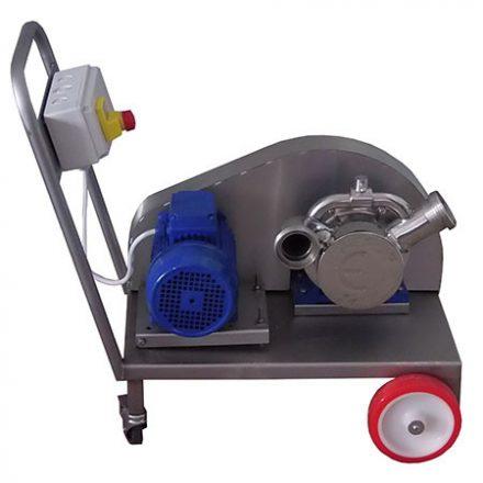 Ékszíj meghatású szivattyú kocsin (7000 l/h, 1 fázis)